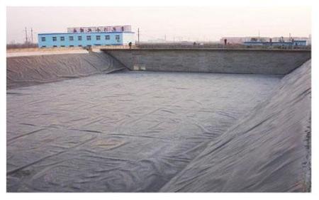 垃圾填埋场防渗土工膜